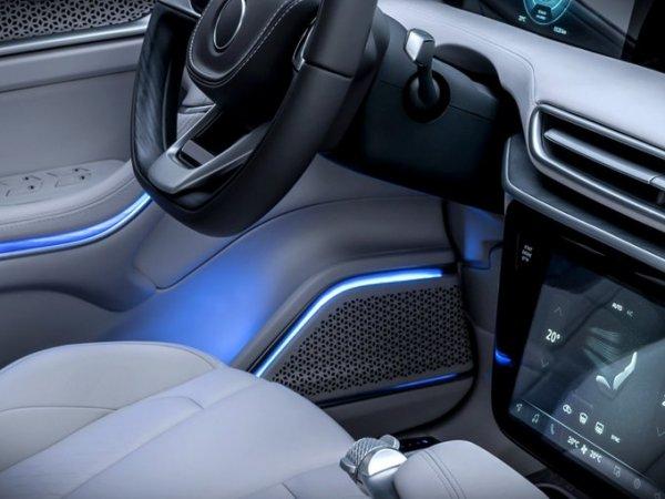 TOGG'dan iki yeni yerli otomobil paylaşımı-1