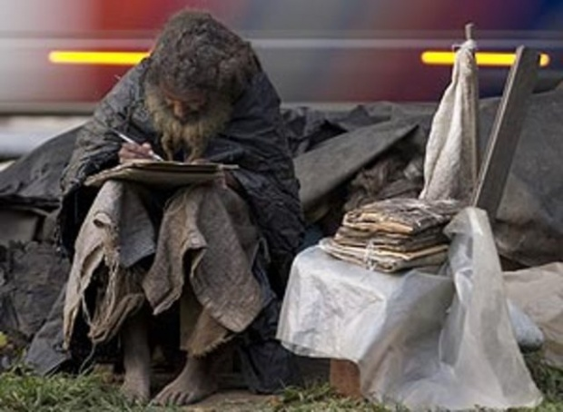 35 yıldır evsizdi...