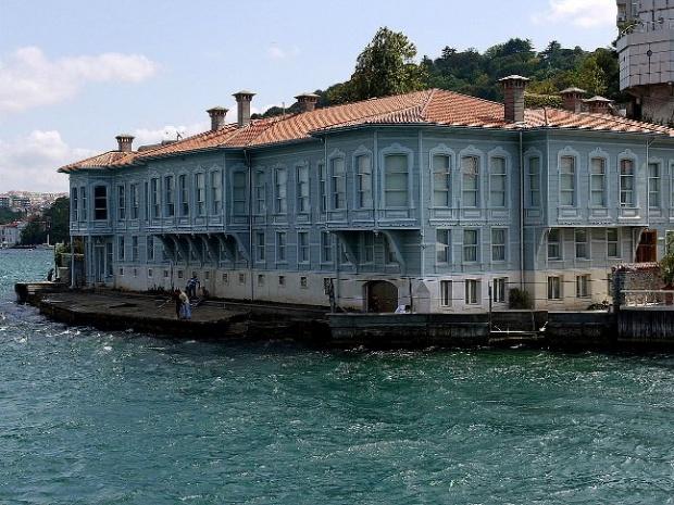 İstanbul'un tarihi yalıları